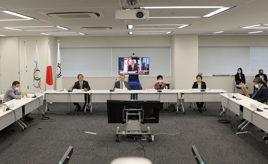 Thomas Bach (on the screen), president of International Olympic Committee (IOC), speaks remotely during the video meeting of the 10th IOC Coordination Commission for the Games of the XXXII Olympiad - Tokyo 2020 in Tokyo, Japan, Sept. 24, 2020. (Xinhua/Du Xiaoyi)